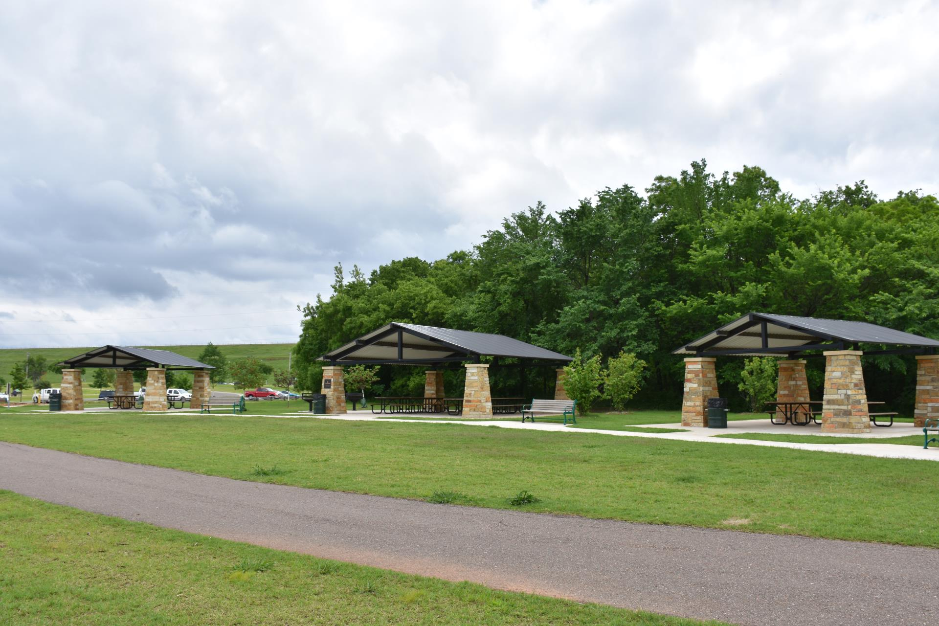 Bluff Creek Park Small Picnic Shelter