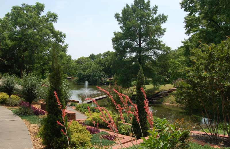 Will Rogers Gardens in the Summer