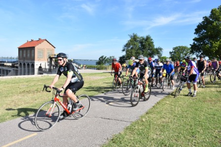 Mayor Cornett leads the Peleton during the West River Trial Opening