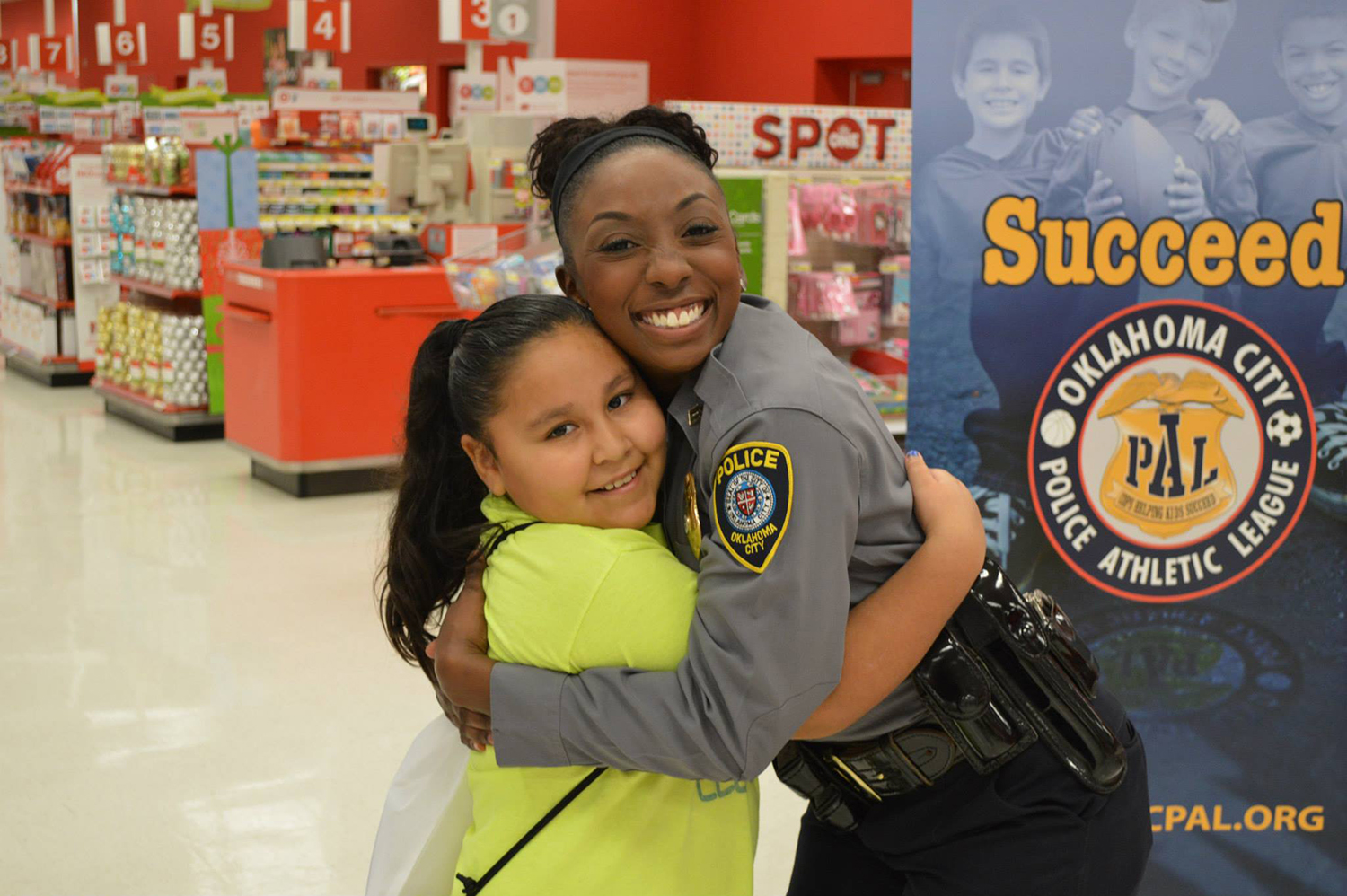ashley-shopwithacop